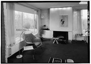 https://sites.google.com/a/marutti.com/www/aplicaciones-de-textil/Saarinen-Womb-Chair-inGropius-House-Lincoln-Massachusettes.jpg?attredirects=0
